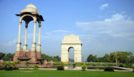 INDIA-GATE-AT-NEW-DELHI-440x251