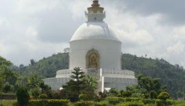 Kathmandu eta Pokhara bisitatu