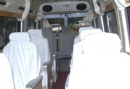 menyewa 13 seater ac tempo traveler bhubaneswar
